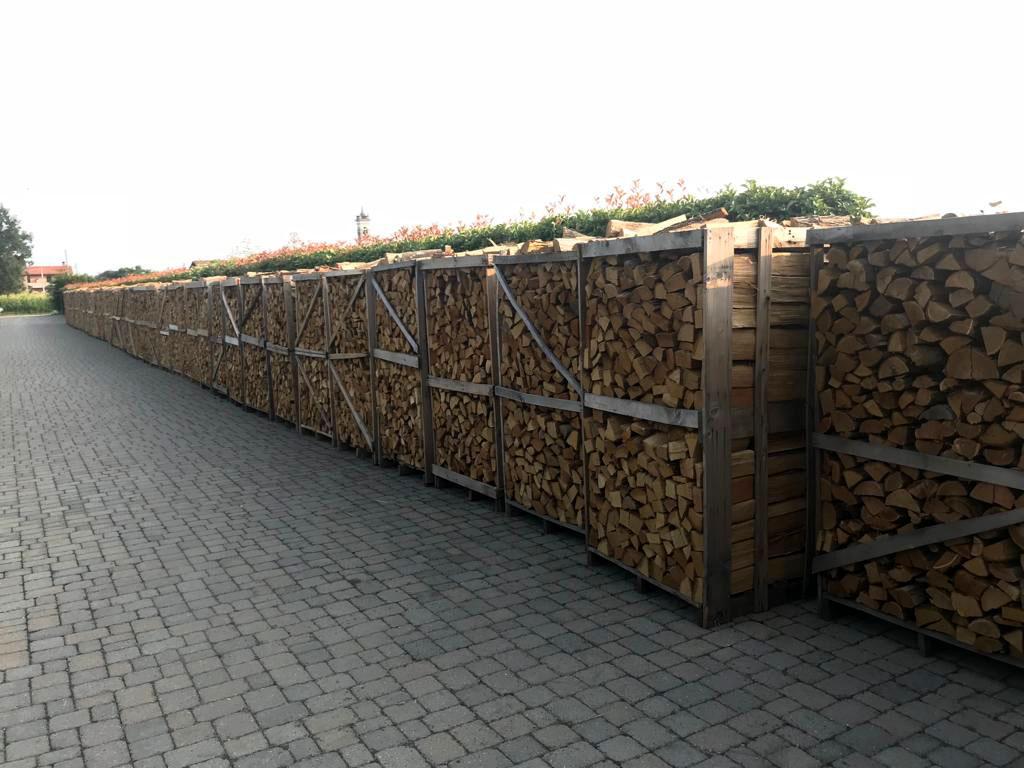 Vendita legname - Società agricola Montecanto